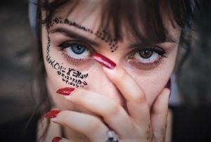Tes Kepribadian Dimana Tato Mengungkapkan Sifat Tersembunyi